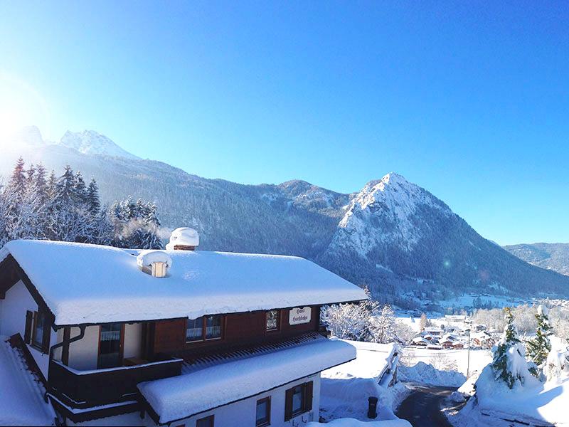 Hotel-Pension Grünsteinblick im Winter Schönau a. Königssee bei Berchtesgaden