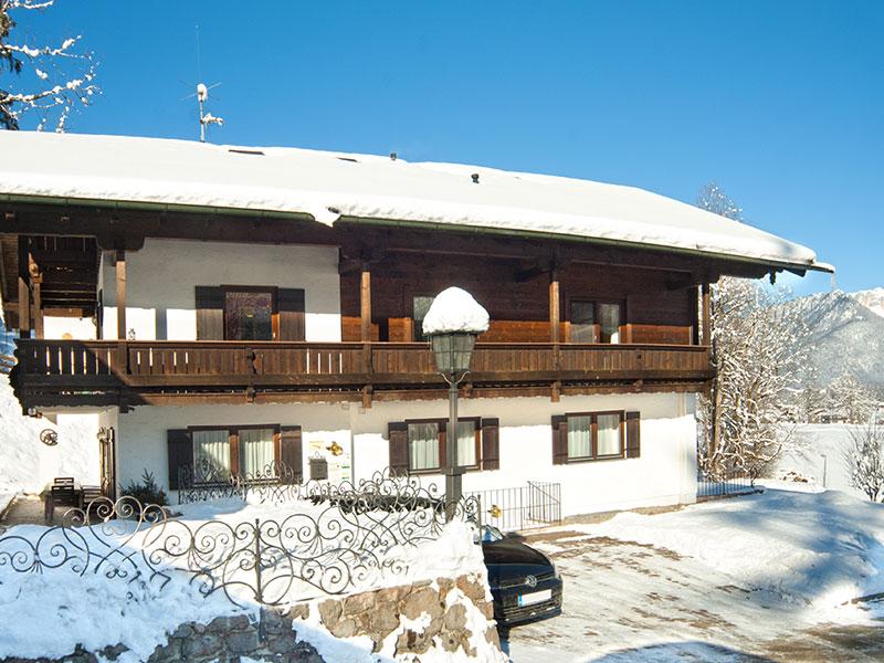 Ferienwohnung & Pension Berganemone im Winter Schönau a. Königssee bei Berchtesgaden