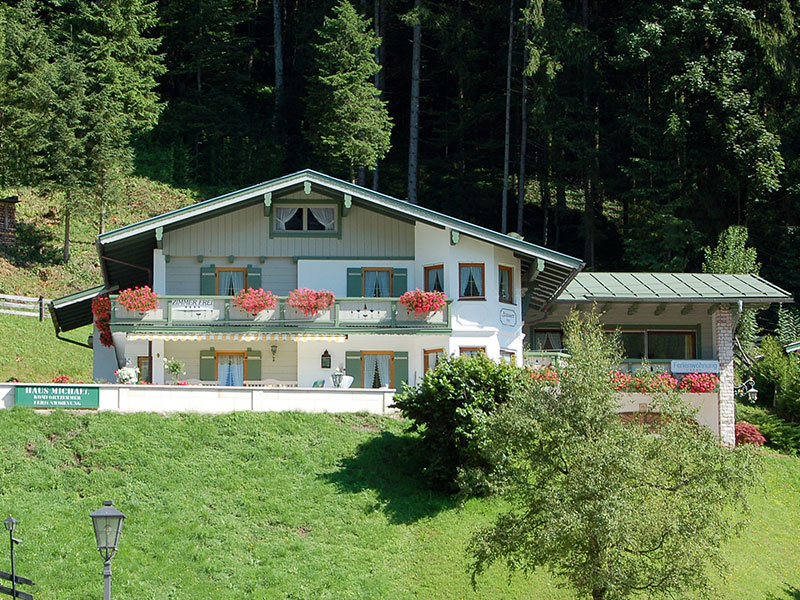 Pension Haus Michael im Sommer