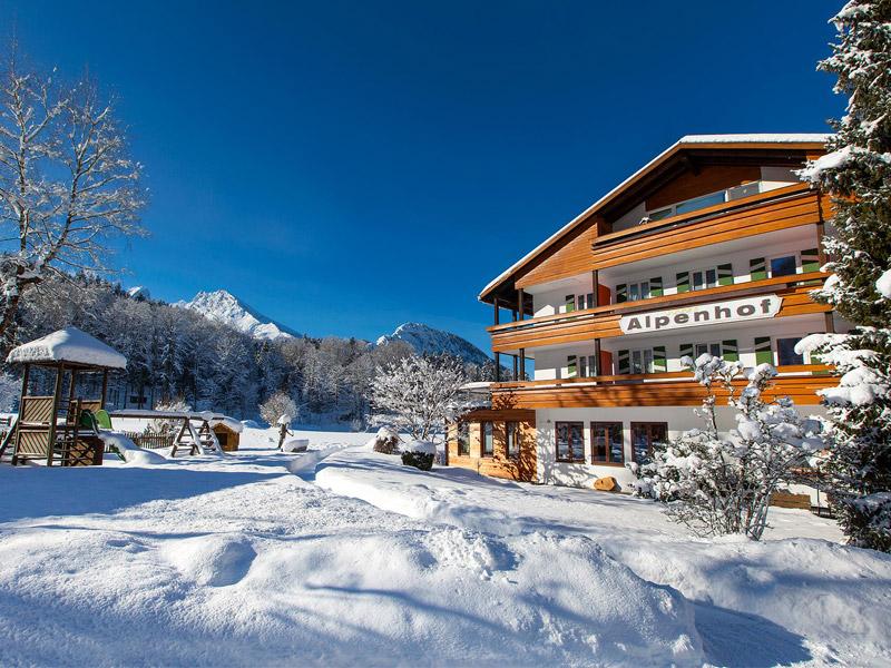 Alm- & Wellnesshotel Alpenhof im Winter