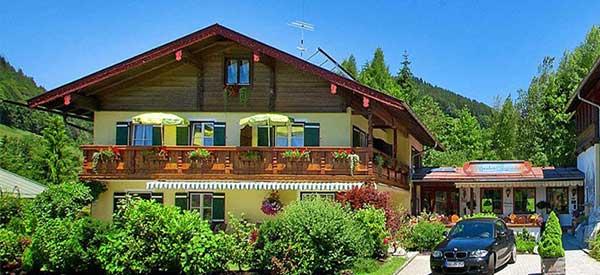 Urlaubsangebote im Alpenhotel Bergzauber