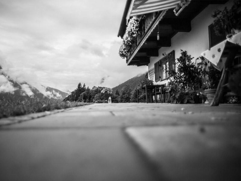 Gästehaus Landhaus am Waldrand im Winter Ramsau