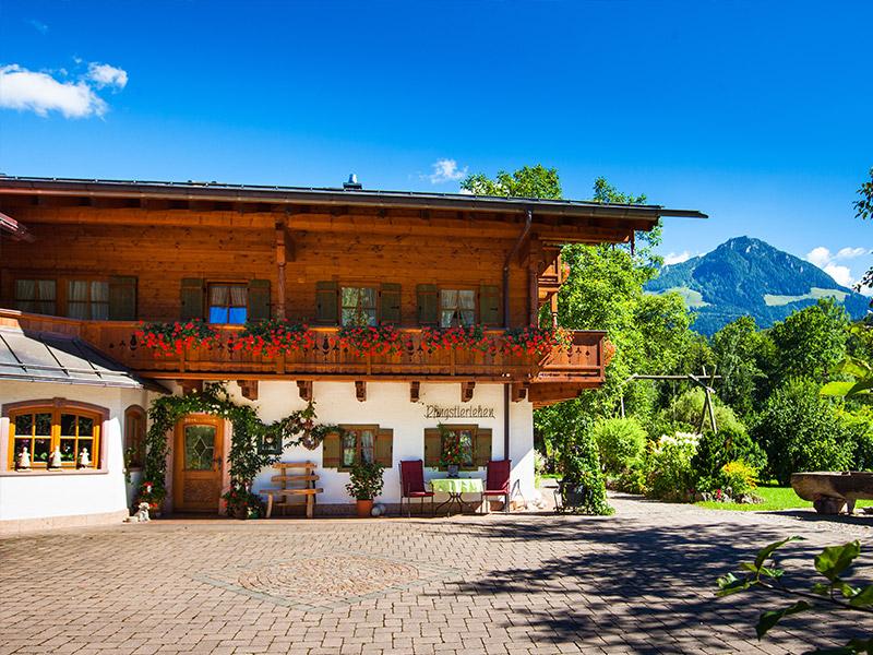 Gästehaus Ferienwohnungen-Appartments Pfingstlerlehen im Sommer