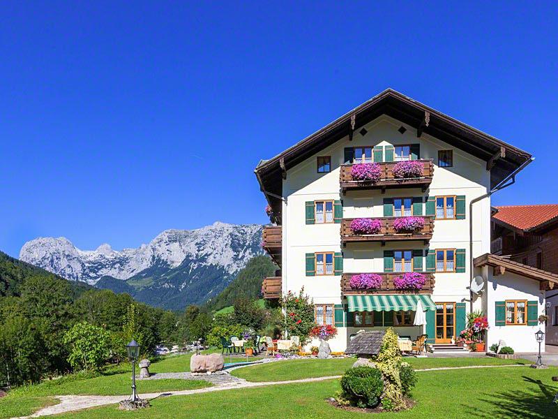 Gästehaus & Ferienwohnung Steinberg im Sommer Ramsau