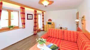 Ferienwohnung Jenner Wohnzimmer imGästehaus Rennerlehen