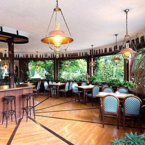 Stoll's Hotel Alpina Wintergarten