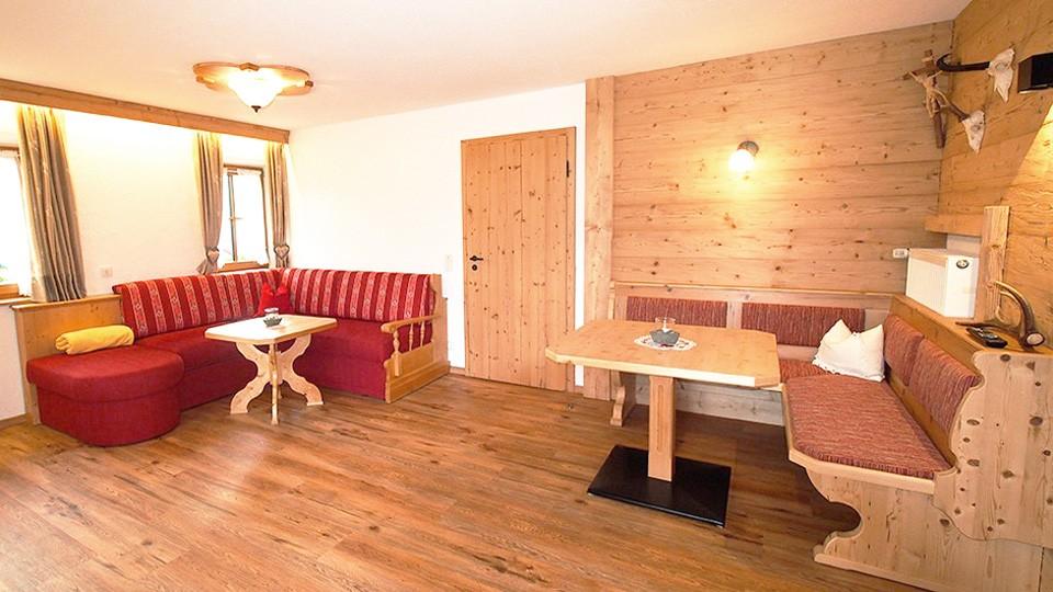 Ferienwohnung Watzmann Wohnbereich im Gästehaus Rennerlehen