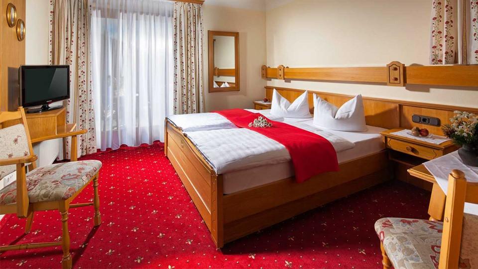 Alpenhotel Bergzauber Doppelzimer Reiteralpe