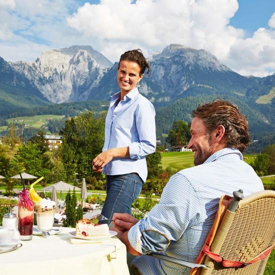 Terrasse vom Alpenhotel Zechmeisterlehen