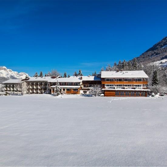 Hotel Alpenhof mit Luxus Lage in den Bergen