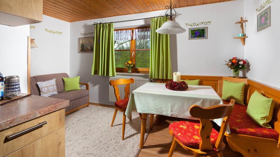 Haus Marienlehen Ferienwohnung Kehlstein Wohnraum