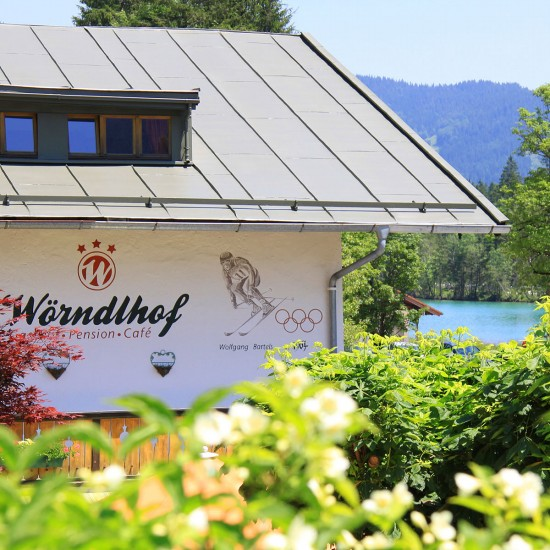 Gasthof-Pension Wörndlhof Hintersee im Sommer