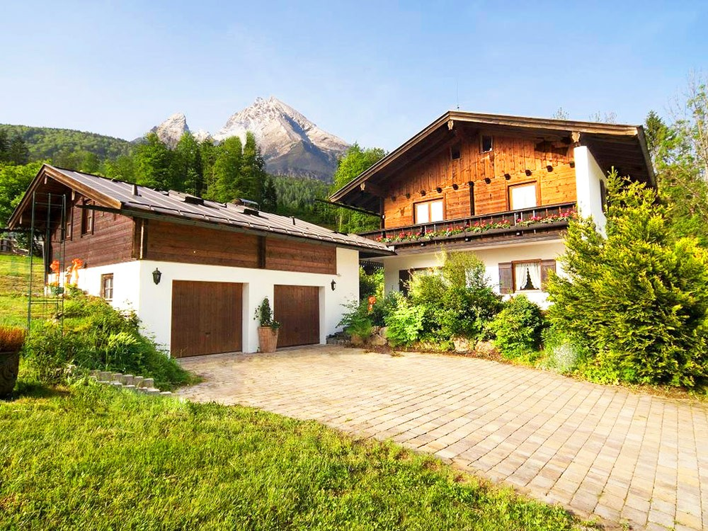 Appartementhaus Zechmeister im Sommer