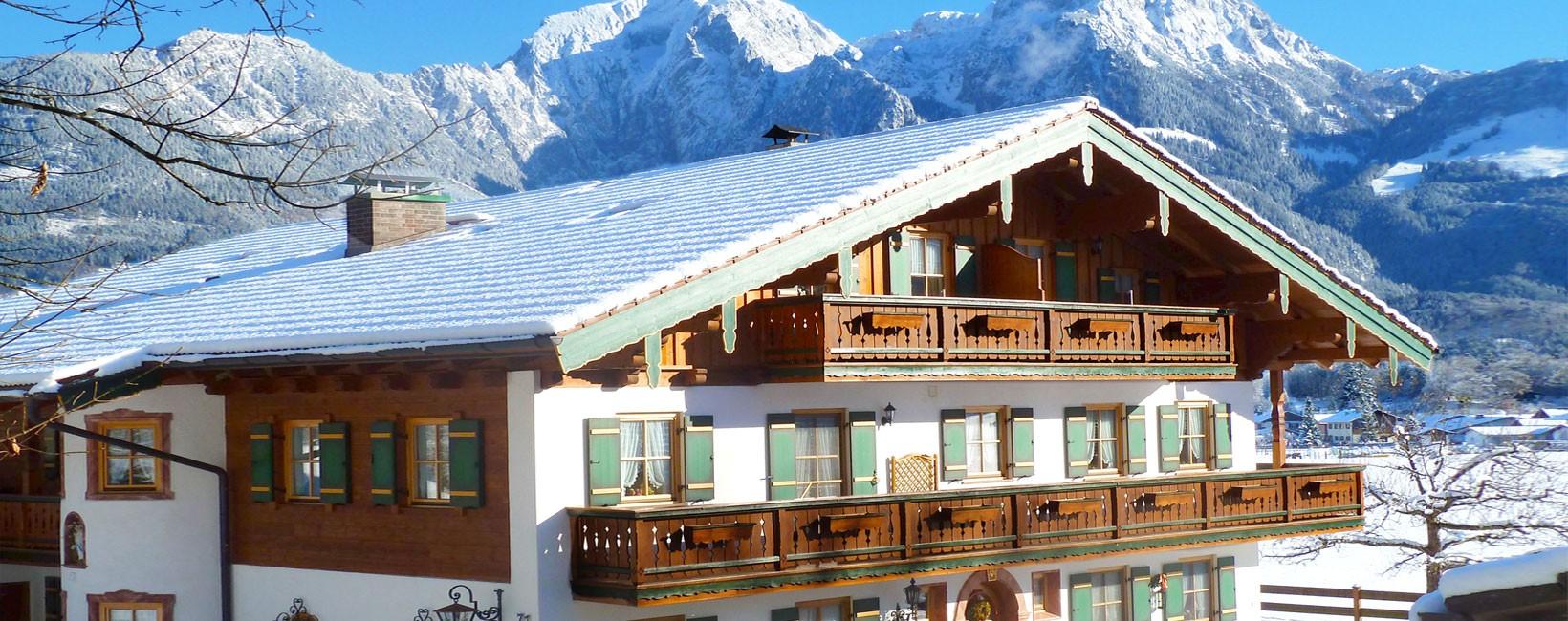 Ferienwohnungen Gästehaus Almblick im Winter