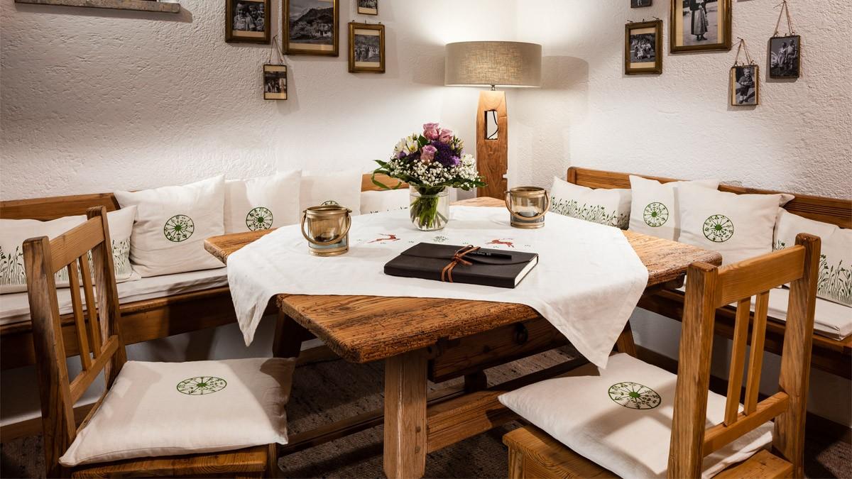 Gästebuch im Berghotel Rehlegg