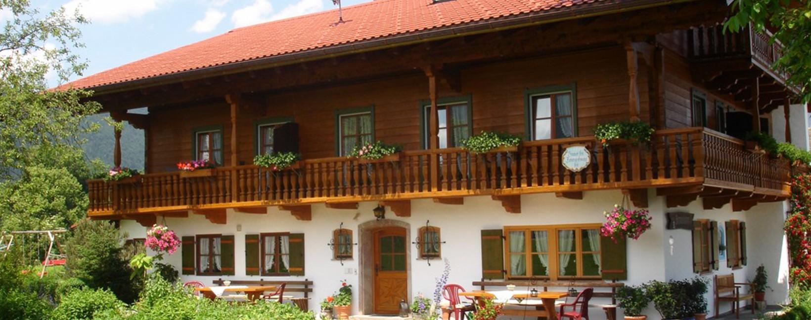 Haus Rennerlehen Schönau im Sommer