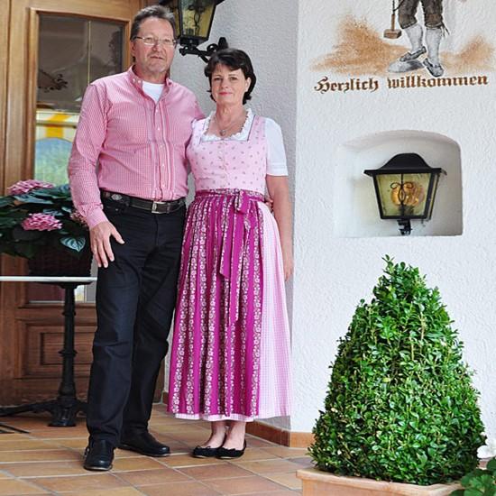 Alpenhotel Bergzauber Gastgeberfamilie Fleischer