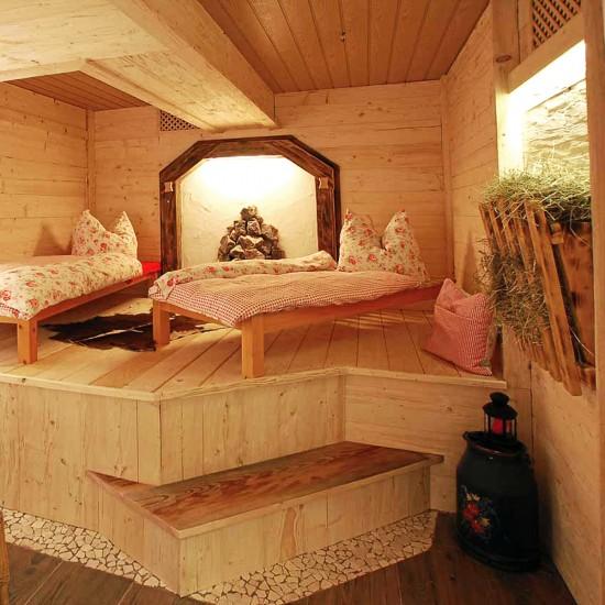 Alpenhotel Bergzauber Wellnessbereich Ruheraum