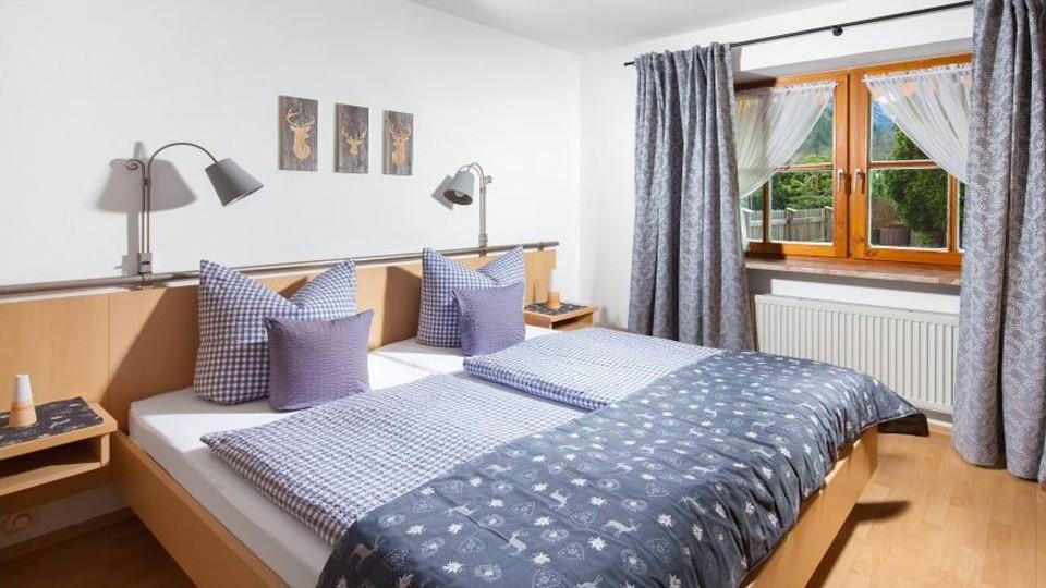 Ferienwohnung Bergzeit Schlafzimmer