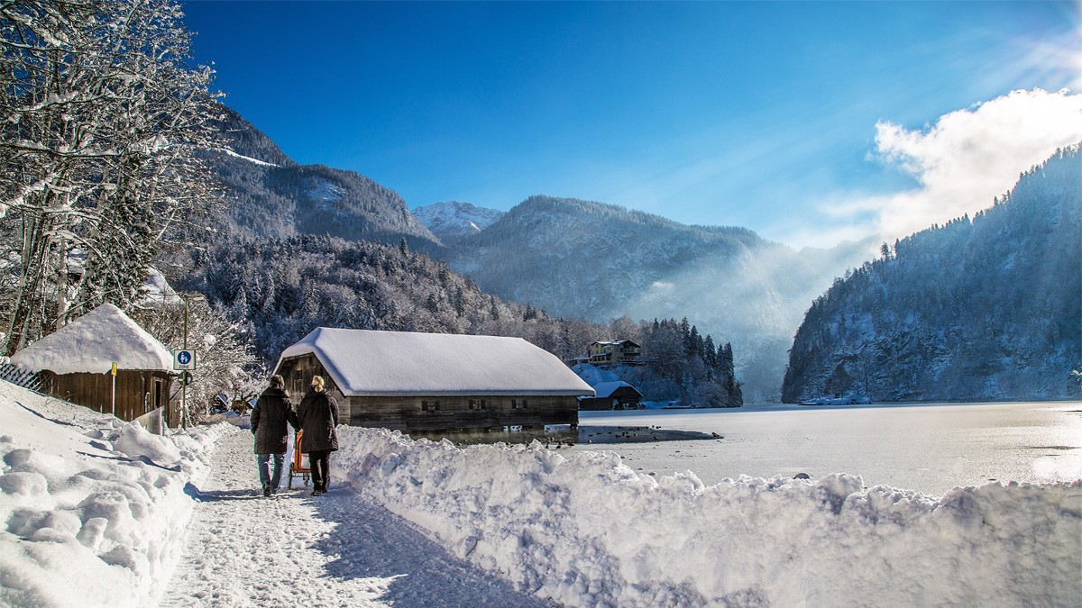 Atemberaubendes Winterpanorama am Königssee